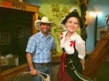 hobnobbing.discoverymuseum.pirate.10-29