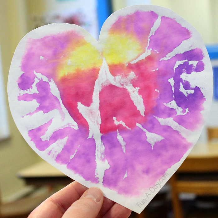 Beautiful-and-colorful-valentine-art-project-for-preschoolers-Heart-Prints