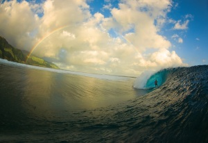 Tahiti-Rainbow-Surfing